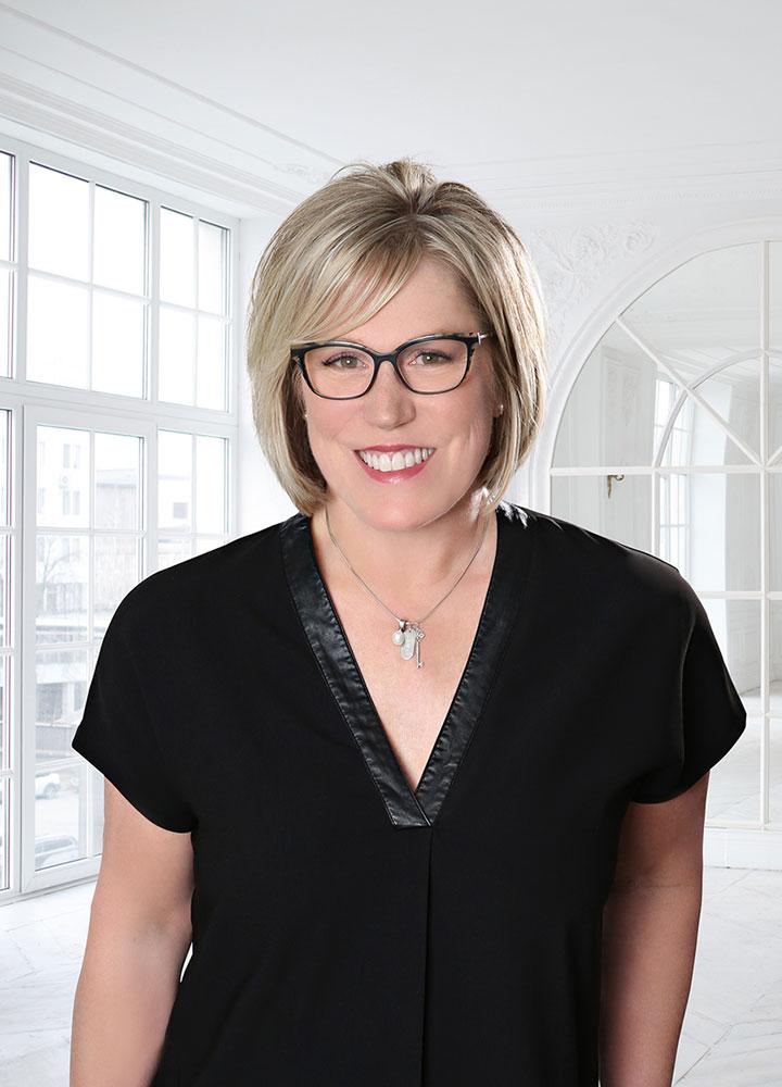 Lisa Blackmore - REMAX Burlington Sales Representative